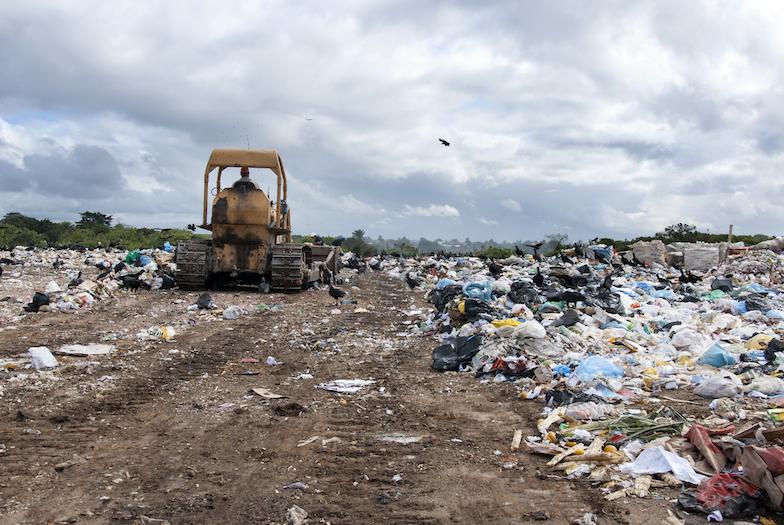 Omezení skládkování i ekomodulace pro obaly – od ledna platí nová odpadová legislativa