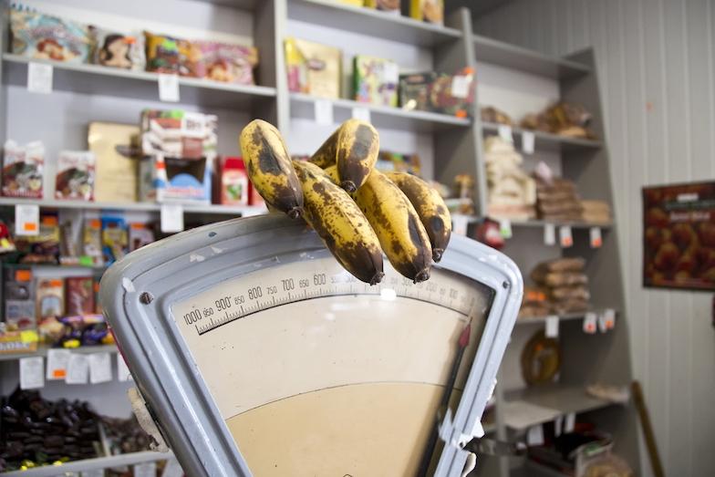 Snížení uhlíkové stopy potravin jde ruku v ruce se snížením plýtvání. Jak tomu napomáhají obaly?