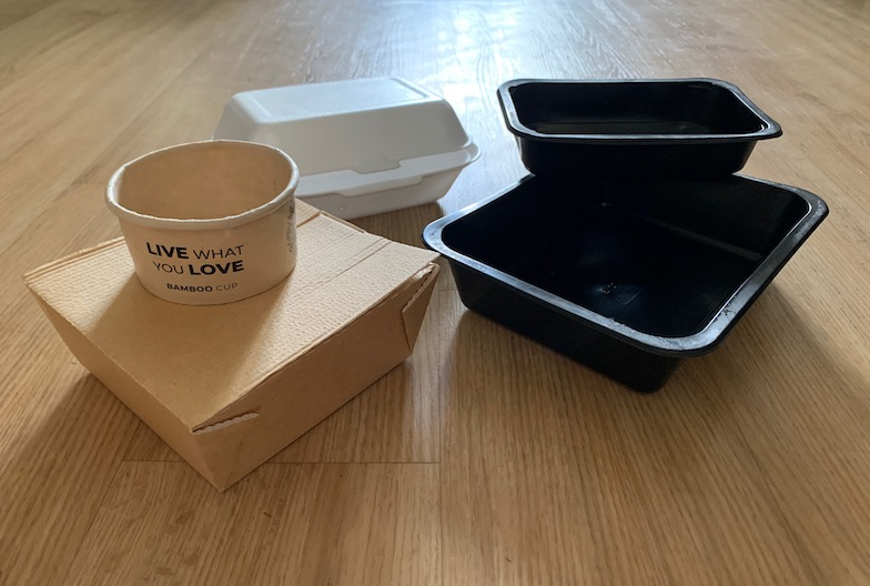 Čím nahradit plastové obaly na jídlo a pití? Papír ani bambus jednorázovost neřeší
